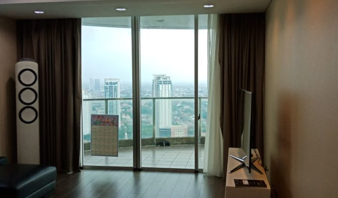 Tower Tiffany Kemang Village Dijual, Furnish, Ceiling Tinggi